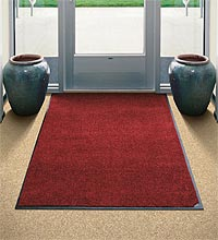 North Star Linen provides complete floor care through our floor mat service.